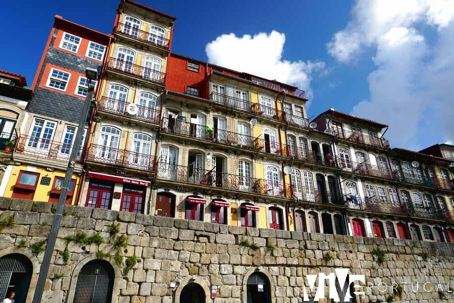 Casas de la Ribeira guía de Oporto
