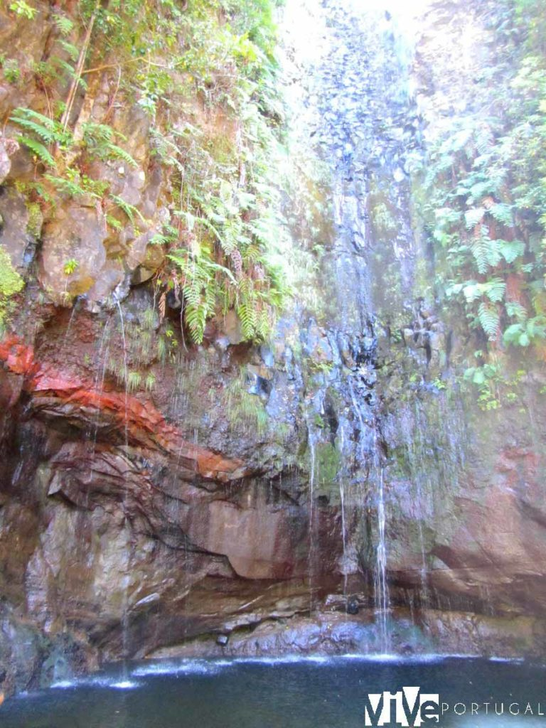 Cascada de las 25 Fontes