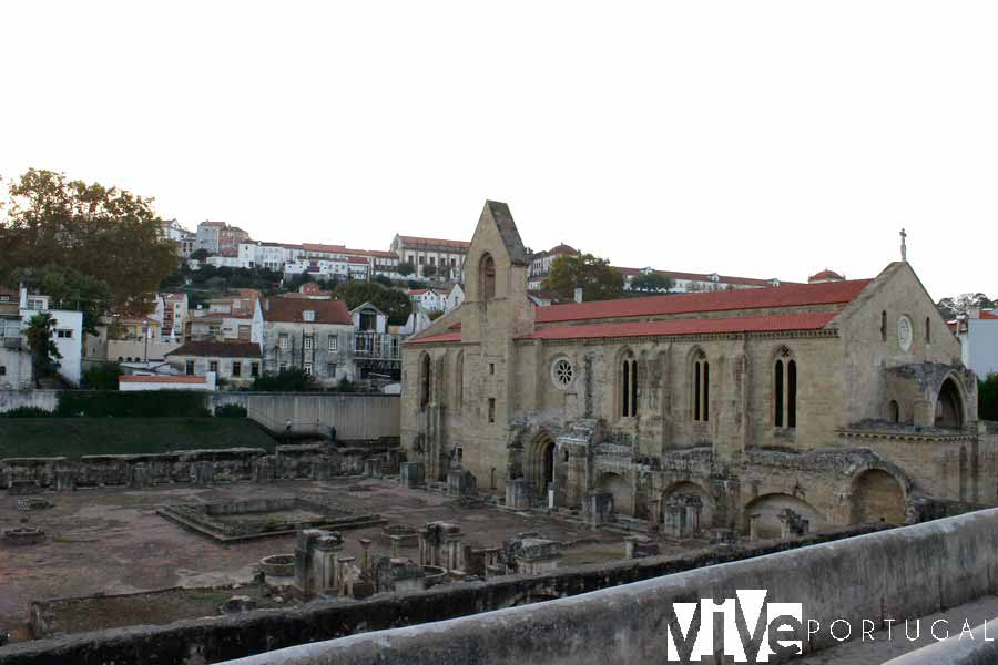 Monasterio de Santa Clara-a-velha que visitar en Coímbra