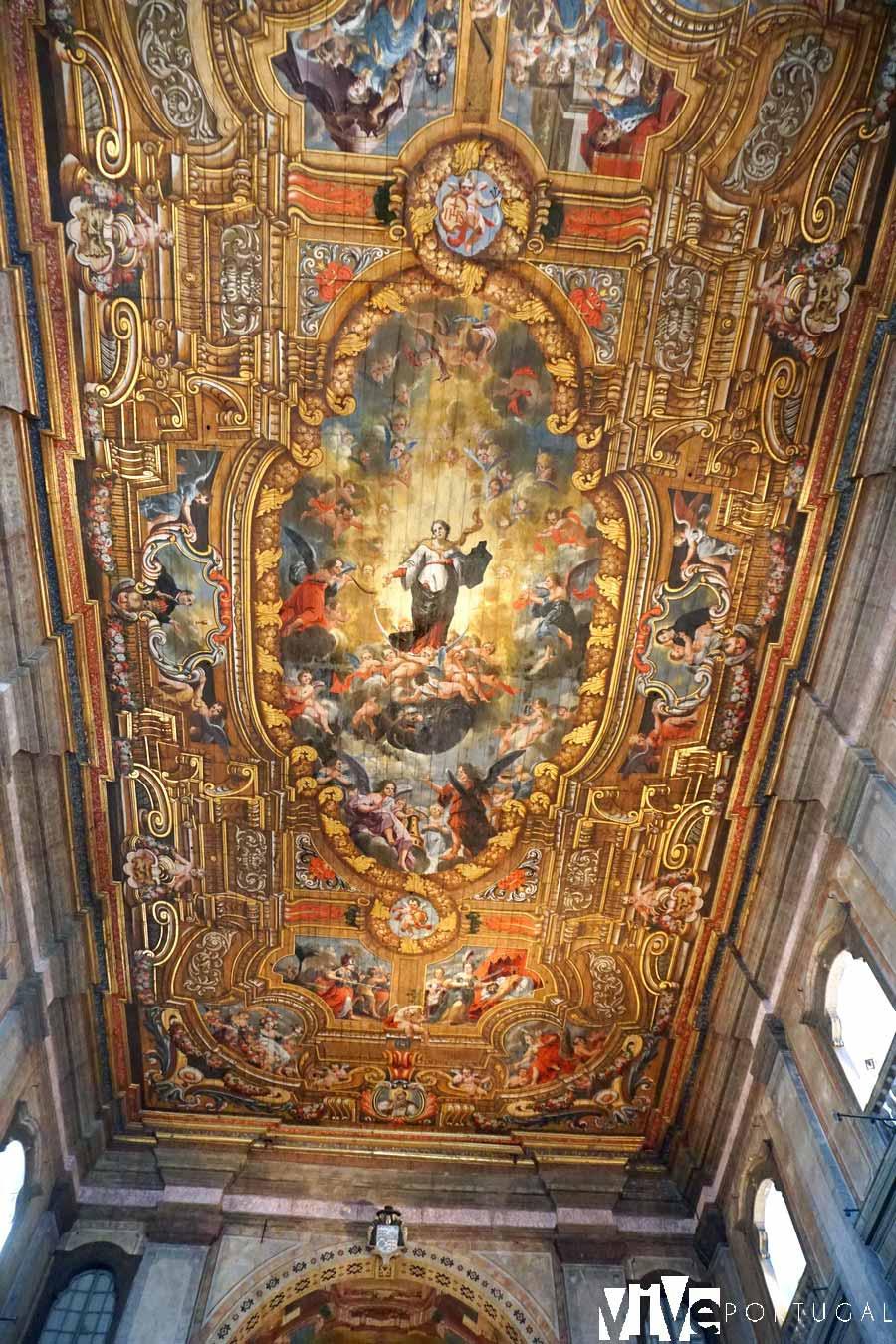 Decoración del techo de la catedral de Santarém