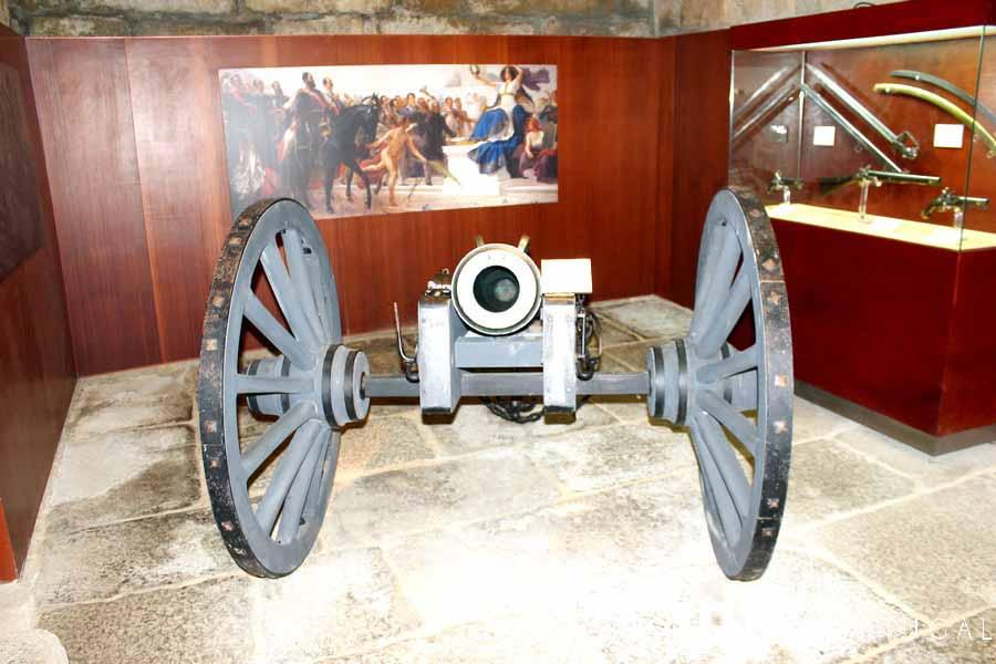 Cañón en el Museo Histórico-Militar de Almeida