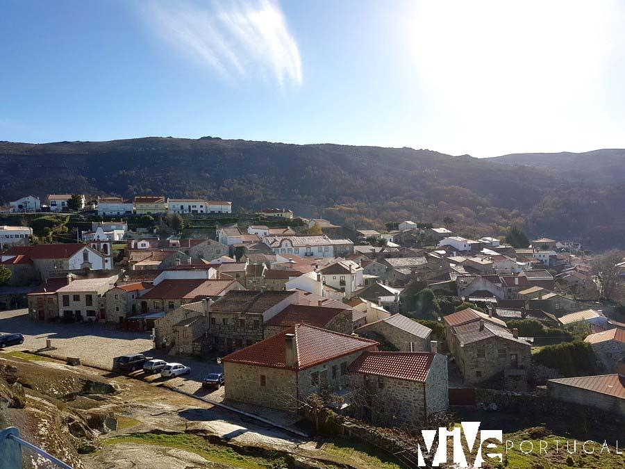 Vista de Linhares da Beira desde su Castillo