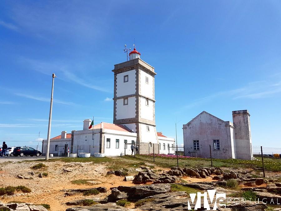 Faro de Cabo Carvoeiro Peniche faros de Portugal