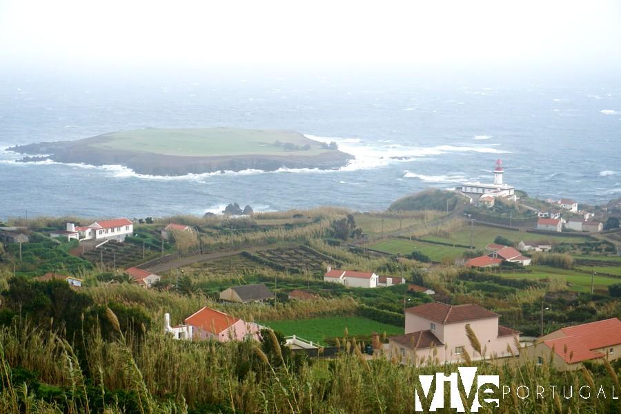 Faro Ponta do Topo São Jorge faros de Portugal