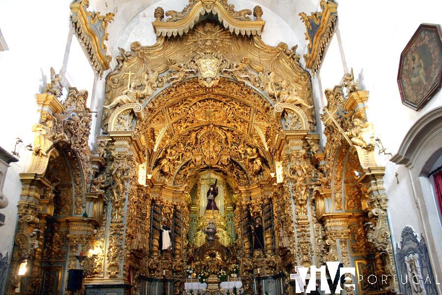 Retablo de la igreja dos Terceiros qué ver en Elvas