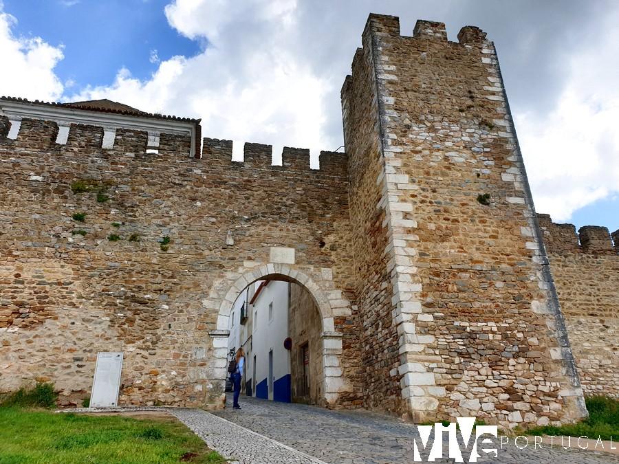 Porta de Santarém qué ver en Estremoz