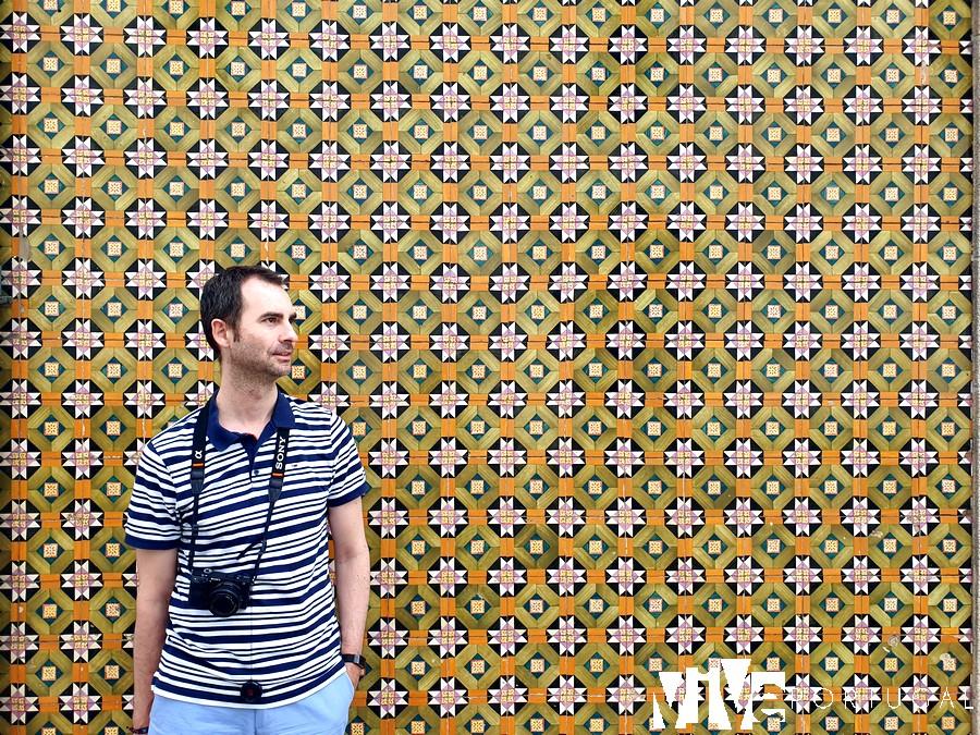 Una de las fachadas con azulejos de Ovar