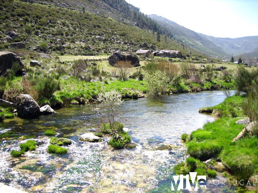 Valle glaciar del río Zêzere