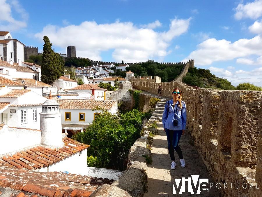 Paseo por la muralla de Óbidos